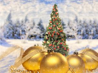 Weihnachtsdekoration mit Christbaum und Landschaft