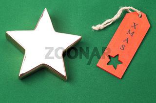 Goldener Stern mit rotem Etikett