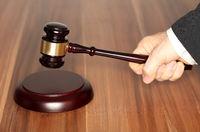 Richter bei der Urteilsverkündung