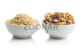 Milled and whole walnuts kernels.