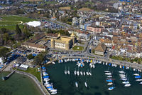 Schloss Morges und Jachthafen am Genfersee, Morges, Waadt, Schweiz