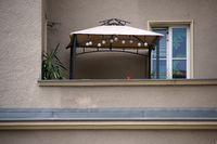 Balkon mit Zeltunterstand