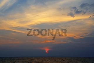 Sonnenuntergang am Sai Kaew Beach, Phuket, Thailand