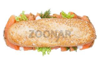 Brötchen Sandwich Vollkorn Baguette belegt mit Lachs Fisch von oben freigestellt Freisteller