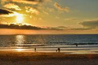 Beach Ocean Seascape Beautiful Sunset Afternoon Sun Going Down Perfect Weather Sky Horizon