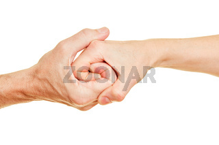 Senioren halten Hände als Spirale