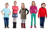 Gruppe Kinder kleine Junge Mädchen Ganzkörper Portrait Porträt isoliert Freisteller freigestellt