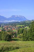 Blick auf das Kaisergebirge in Ostalpen in Tirol