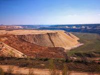 Erdschichten im Tagebau