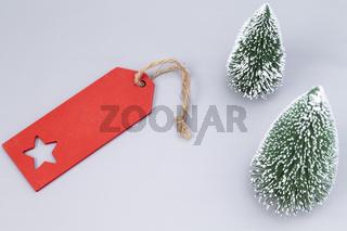 Weihnachtsschild mit Tannenbäume