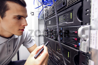Engeneer in network server room