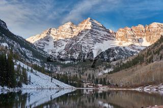 Maroon Bells and Maroon Lake landscape