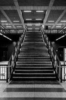 Treppe zum Bahnhhof