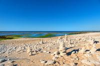 Ile de Ré - North coast with stacked stones