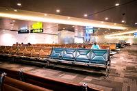 Abfluggate mit Wartebereich im neuen Hamad International Airport in Doha, Katar