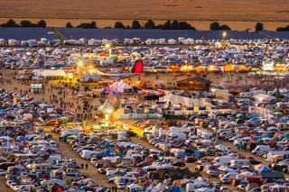 Blick auf das Festival Rockharz auf dem Flugplatz Ausmusstedt im Harz