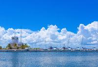 HDR - Touristenattraktion neuer Jachthafen in Varadero Kuba - Serie Kuba Reportage
