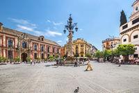 Plaza de la Virgen de los Reyes