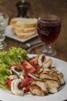 Hähnchensalat mit Rotwein