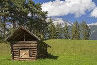 Heuhütte bei Wildermieming in Tirol