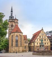 Stiftskirche und Fruchtkasten am Schillerplatz in Stuttgart
