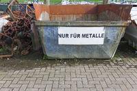 Altmetallcontainer