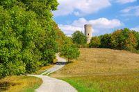 die Reichelsburg bei der Stadt Aub in Deutschland- the castle Reichelsburg near town Aub in Germany