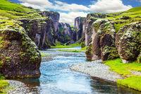 Canyon Icelandic Fyadrarglyufur