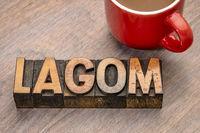 lagom word in wood type
