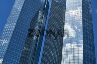 Hochhaus als Büro Bank Gebäude in Frankfurt