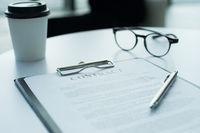 Contract glasses end pen