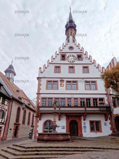 1 BA Weinheim Rathaus.jpg