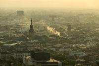 Blick auf Mannheim und Umgebung, spätnachmittags