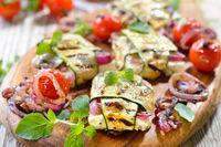 Feta-Zucchini-Päckchen