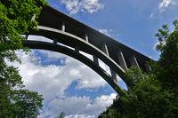 Neckarburgbrücke, Autobahn A81