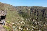 Aussichtsplattform ueber Valle Gran Rey mit Blick auf den landesinneren Ortsteil, La Gomera