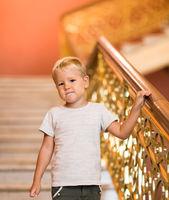 Kid visiting museum