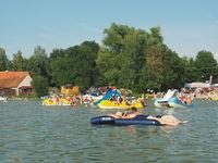 Sommerliches Badevergnügen in Masuren