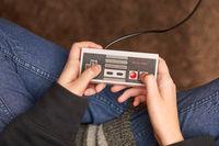 Nintengo NES,playing Super Mario 3