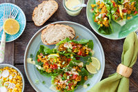 Frischer Salat mit Coucous