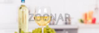 Wein weiß Weißwein weiss Weisswein Banner Textfreiraum Copyspace