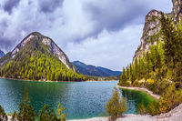 Walk around the Lago di Braies