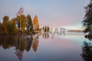 Ein wunderschöner Morgen im Herbst in Filipstad/Schweden