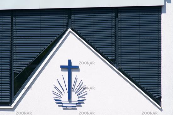 Kreuz mit Strahlen