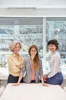 Erfolgreiche und selbstbewusste Business Frauen