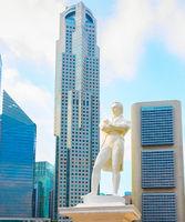 Stamford Raffles statue, Singapore cityscape