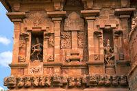 Natesa or Nataraja on the left and Kalantaka on the right, southern niche, Brihadisvara Temple, Tanjore