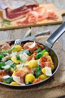 Gnocchi mit Spinat und Speck