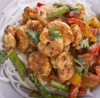 Shrimps with Peanut Sauce and Rice Noodles