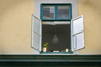 Fenster zum Hinterhof